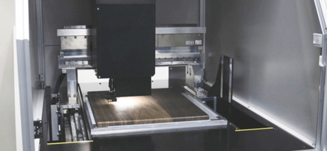 LG 的數位設計師會將產品直接以3D列印的形式具現化自己的創意