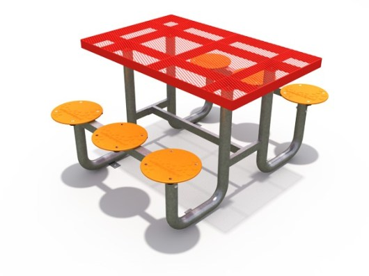 Pur Picnic Table