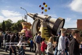 rose-parade-floats-010216-293-C-700px