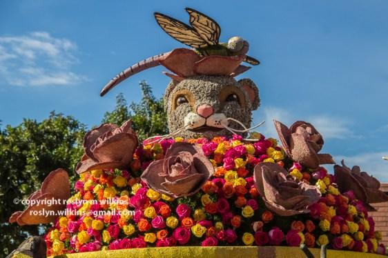 rose-parade-floats-010216-302-C-700px
