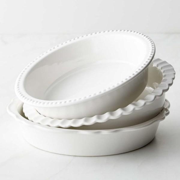 Stoneware-pie-pans