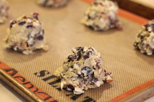 Easy Cookie Recipes - Chocolate Chip Cookies with Almonds ...