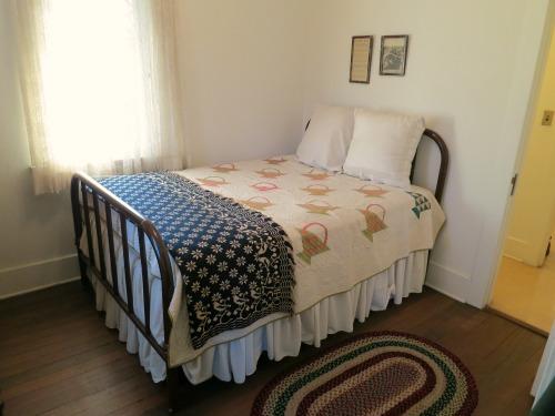 richard nixon bedroom birthplace yorba linda california