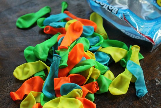 e732f852ba7 You need about 100 water balloons per flip flop. My daughter was lucky and  found everything she needed at the dollar store. She spent  3 for a set of  cute ...