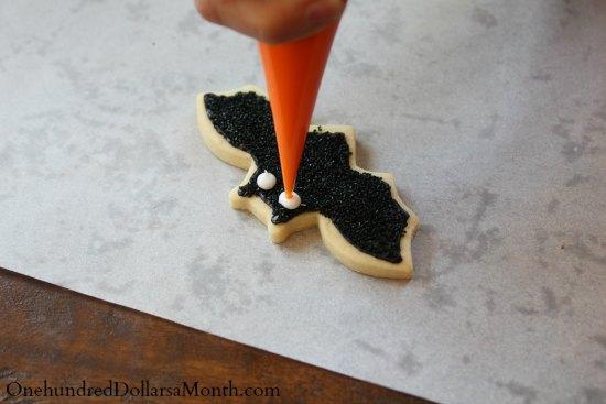 how to make bat cookies eyes