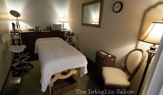 The Intaglio Salon