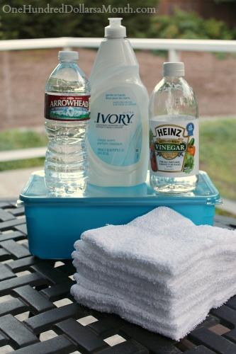 How to Make Your Own Swiffer Wet Mopping Refills