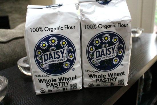 daisy organic flour