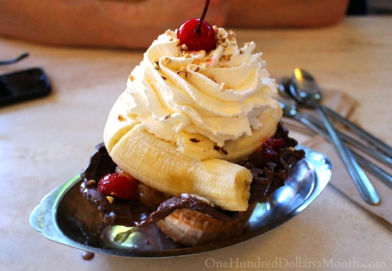 ghirardelli factory banana split