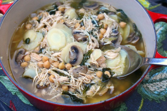 chicken-spinach-and-parsnip-soup