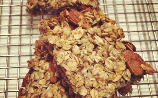 Quick and Simple Oatmeal Bars