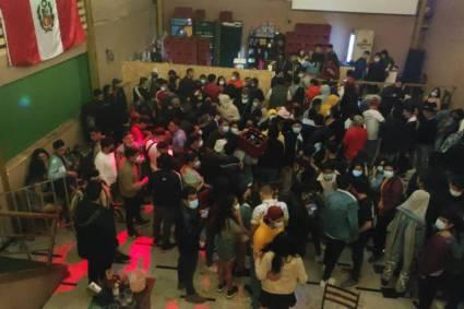 Trujillo: Intervienen más de 170 jóvenes en pleno toque de queda