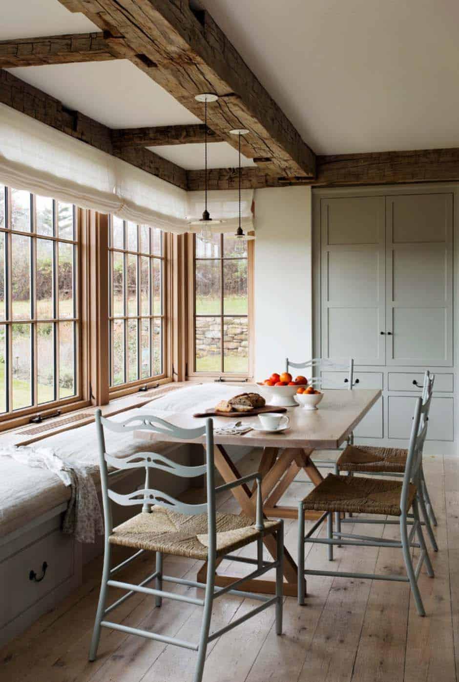 Breathtaking modern farmhouse on martha 39 s vineyard for K architecture kathleen cuvelier