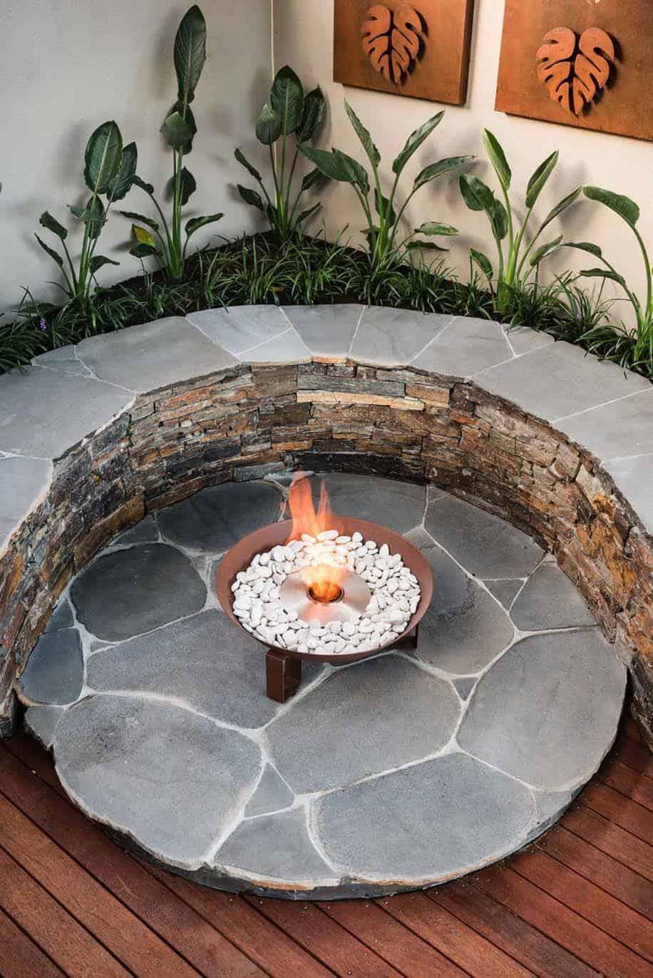 35 Modern outdoor patio designs that will blow your mind on Modern Garden Patio Ideas id=66423