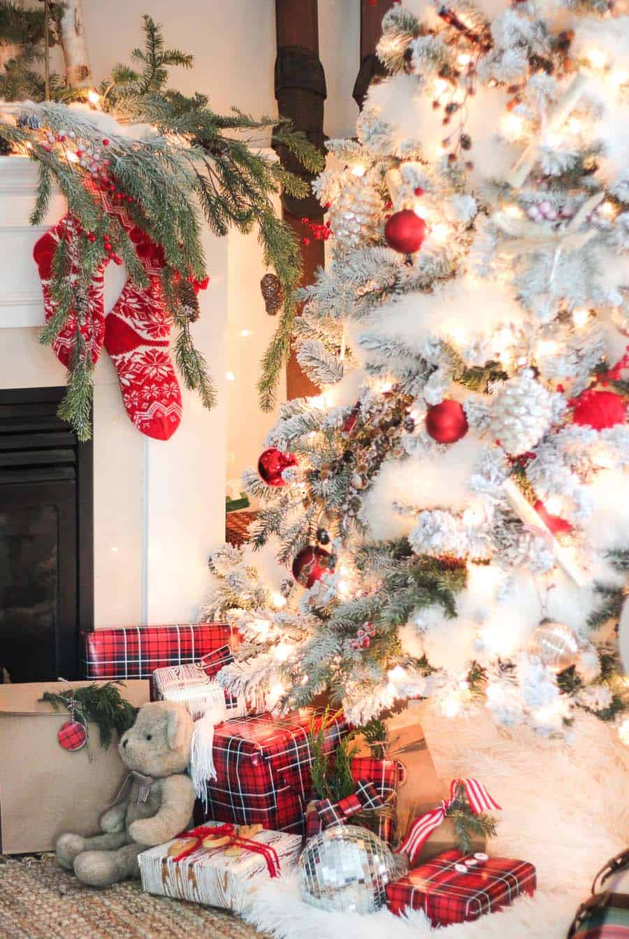 Christmas Decorated Living Rooms 80s: 30+ Fabulous Christmas Decorated Living Rooms To Inspire