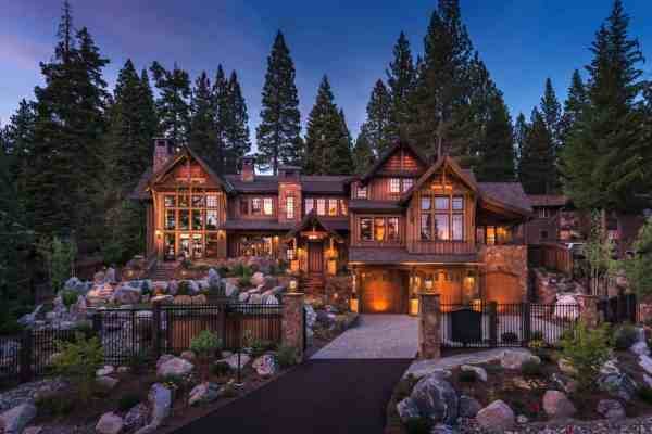 featured posts image for Exquisitely designed rustic lakeside home in the Nevada mountains