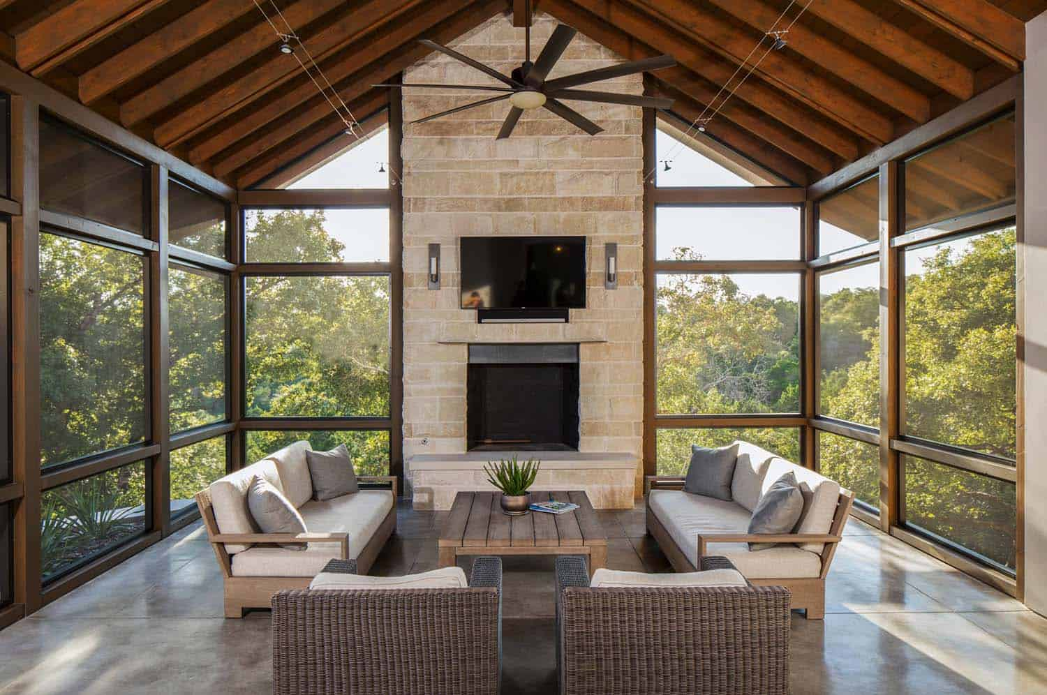 Screen Porch Interior Images