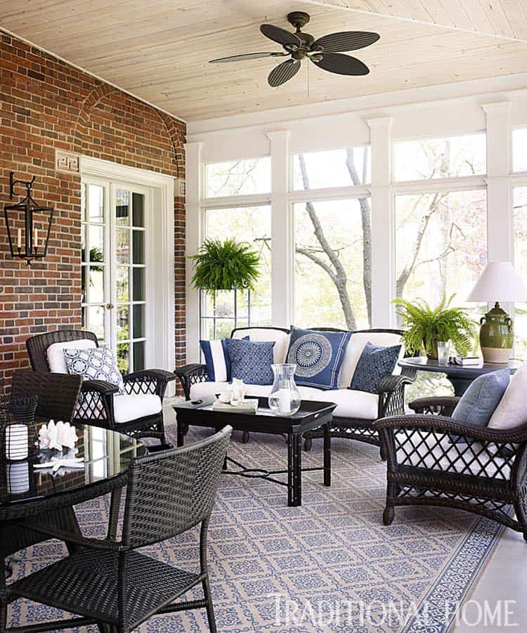 38 Amazingly cozy and relaxing screened porch design ideas : Screened Porch Design Ideas 37 1 Kindesign from onekindesign.com size 750 x 901 jpeg 221kB
