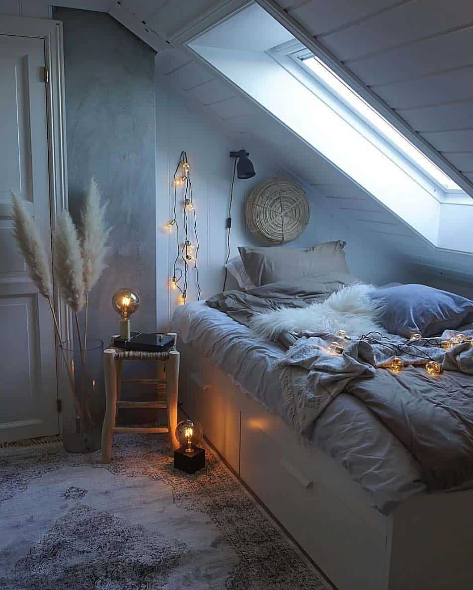 Cozy Home Decoration: 33 Ultra-cozy Bedroom Decorating Ideas For Winter Warmth