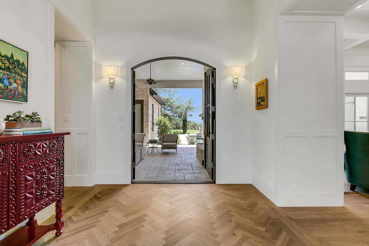 french-country-transitional-entry