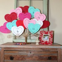 Valentines Countdown {and easy kid crafts}