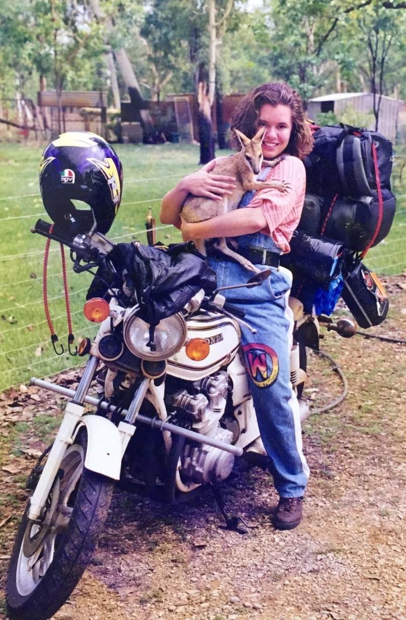 Oneland - Caroline PaulHus - seule a moto 2