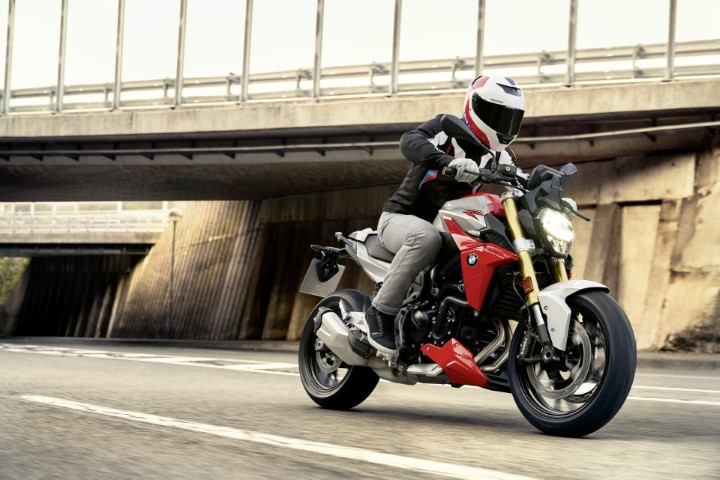 oneland salon moto quebec montreal BMW F 900 R
