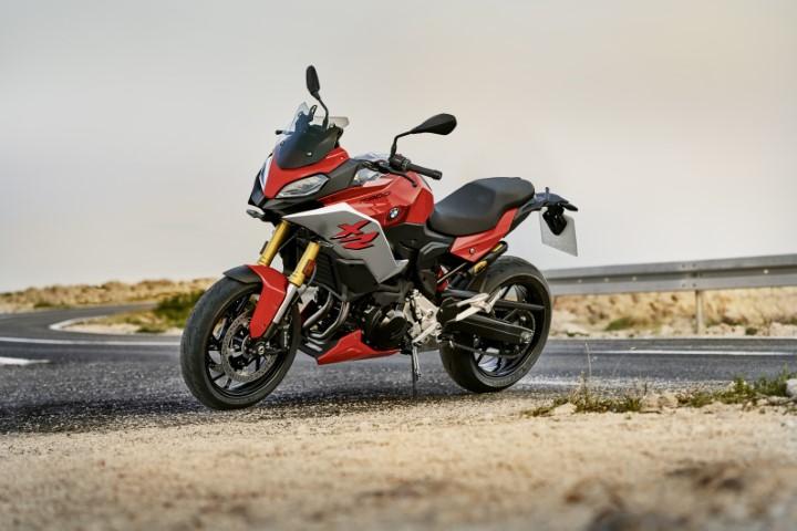 oneland salon moto quebec montreal BMW F 900 XR