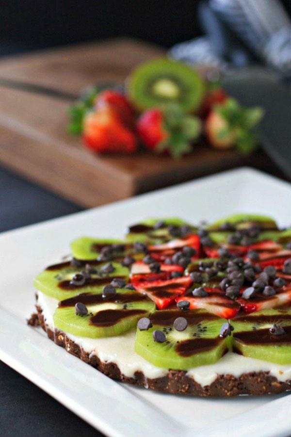 50+ Best Kiwi Recipes - Chocolate Kiwi Dessert Pizza
