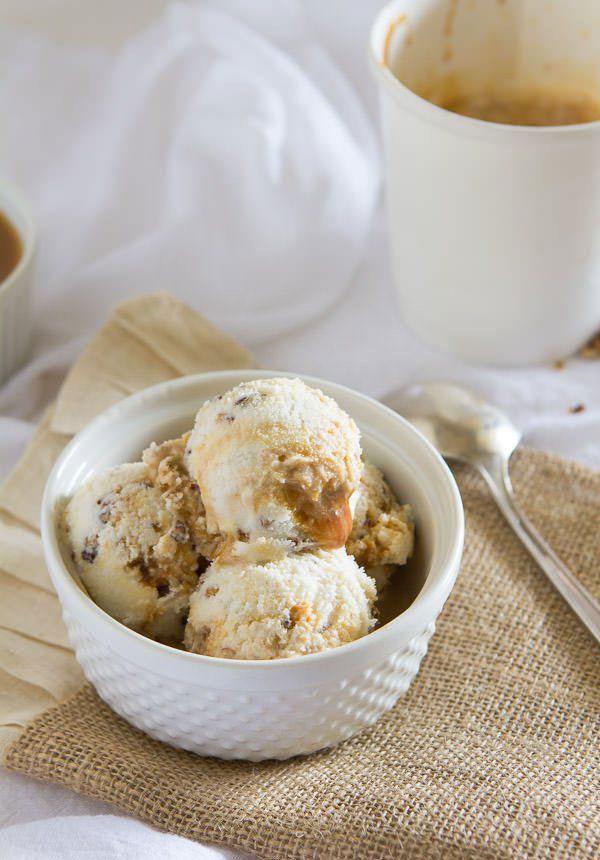 50+ Best Ice Cream Recipes - Pecan Praline Ice Cream