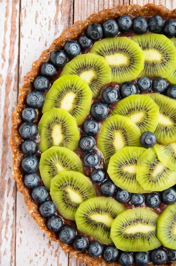 50+ Best Kiwi Recipes - Raw Kiwi Blueberry Tart