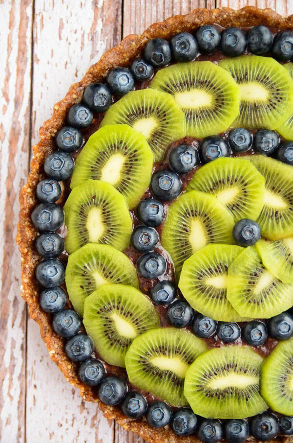 50+ Best Kiwi Recipes - Raw Kiwi Blueberry Tart