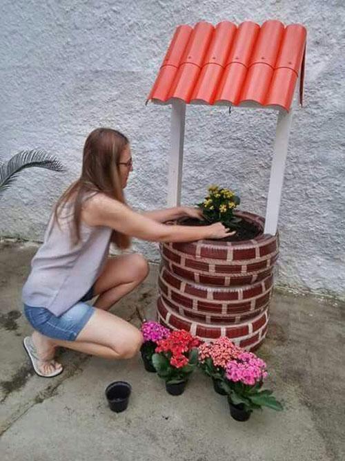 20 Best DIY Garden Crafts - DIY Wishing Well