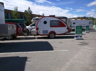 Here's the trailer before yesterday's drive in Whitehorse. I actually took this shot for comparison with the R-Pod parked directly behind. The R-Pod is about 1000 pounds heavier.