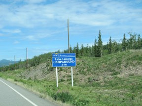 Let's stop at Lake Laberge and have a look around. Can't stay here tonight, its only a half hour out of Whitehorse