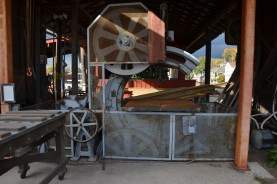Huge bandsaw for milling lumber
