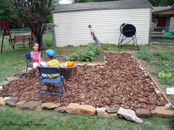 Good Backyard Makeover On A Budget: How To Build A Mulch Patio | One Mamau0027s Daily