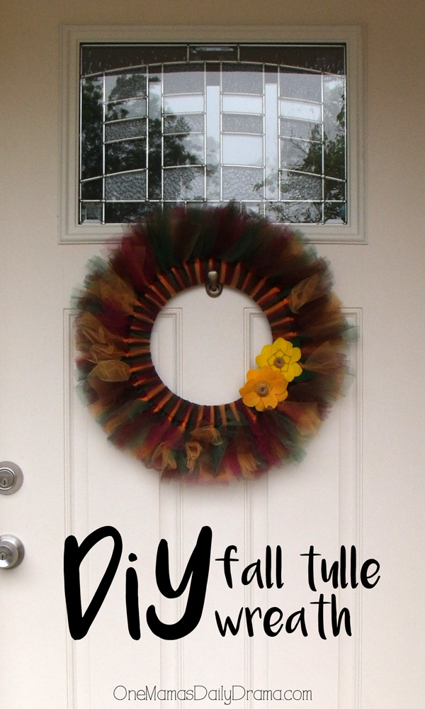 Surprisingly easy DiY fall tulle wreath | One Mama's Daily Drama