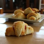 Cheesy crescent pizza bites
