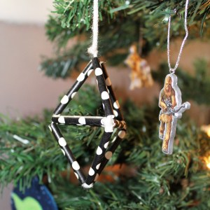 DiY geometric ornaments for kids