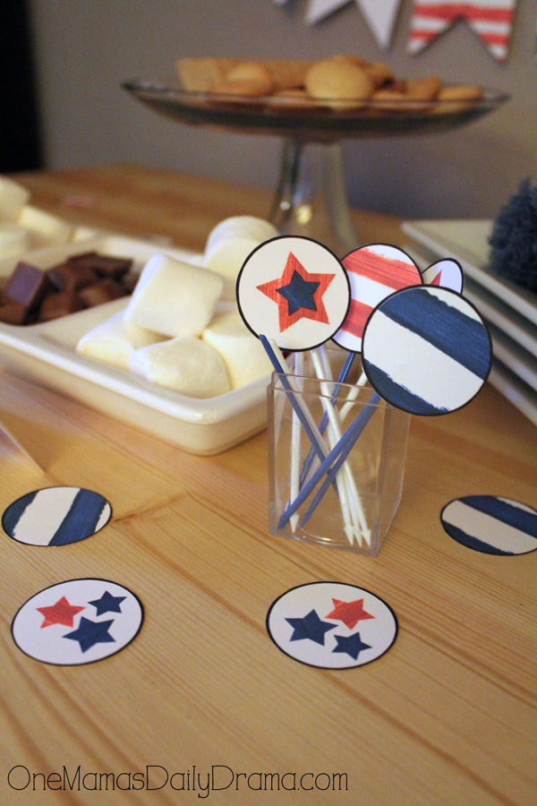 Red, white, and blue party printables | party circles for toothpicks, etc.