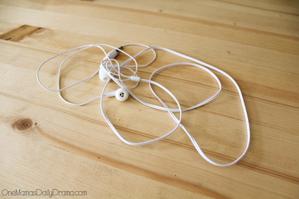 tangled earbuds are no fun