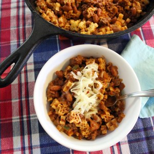 Cheesy Texas chili mac with Skinner pasta