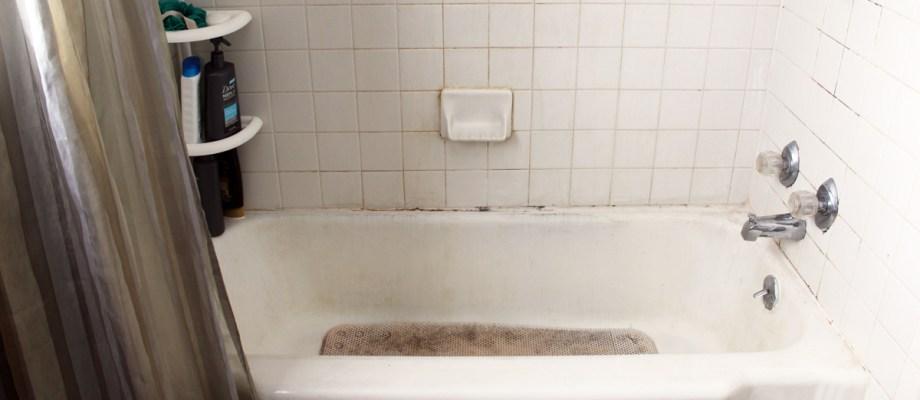 Semi-DiY bathroom remodel {part 1}