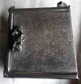 ashtray with almost no colour