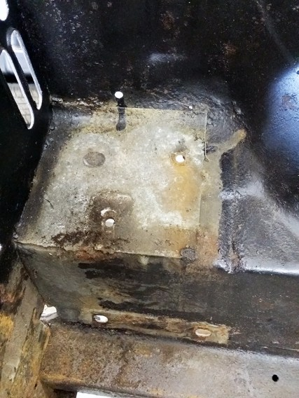 battery tray plate