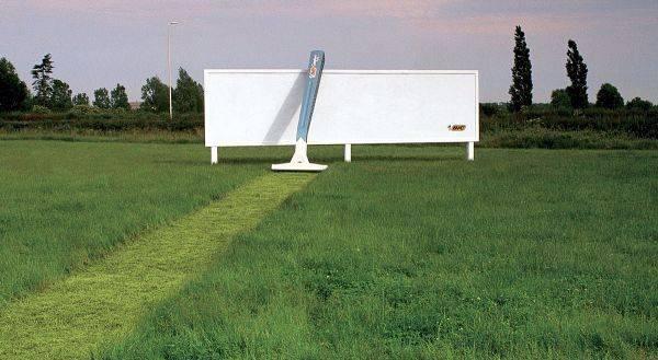 Billboard - Bic Razor