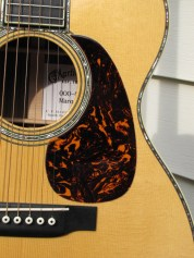 photos of Martin 000-42 Marquis pickguard
