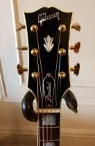 Gibson SJ-200 Ebony Limited headstock