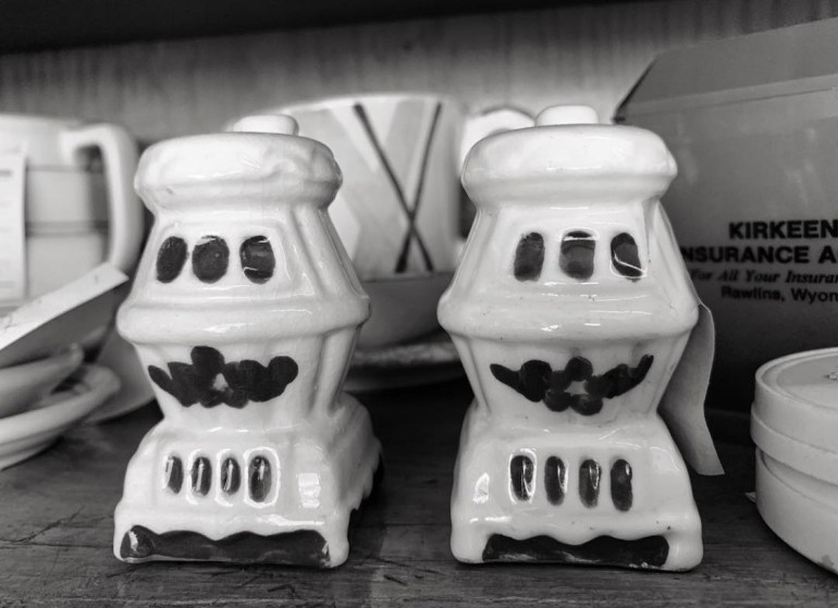 Little Stove Salt and Pepper Shakers:  An Afternoon of Antiques in Snohomish, Washington